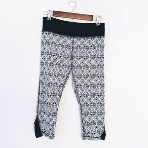 Kyodan Black White Paisley Capri Leggings Size M